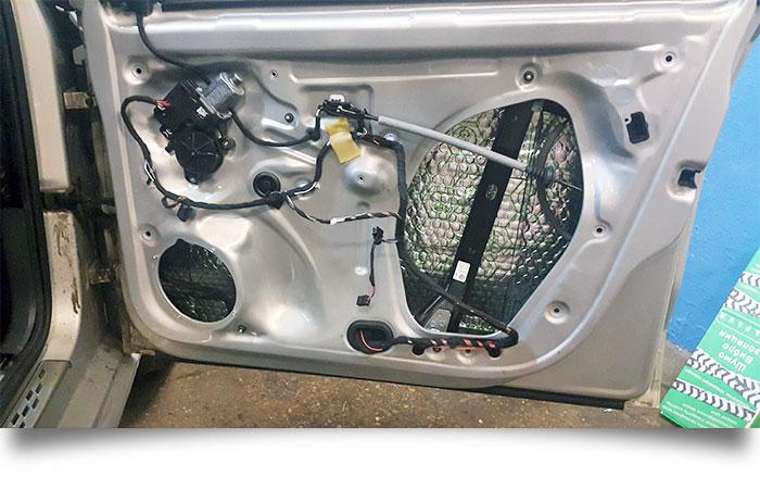 Шумоизоляция VW Polo седан